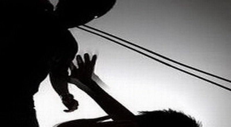 https: img-z.okeinfo.net content 2019 11 13 609 2129282 mahasiswa-tewas-diserang-kampus-umi-dijaga-ketat-polisi-c2fVuU2Zvy.jpg