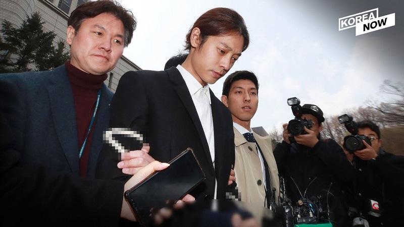 https: img-z.okeinfo.net content 2019 11 15 33 2130210 sebar-petisi-publik-berupaya-hukuman-jung-joon-young-dan-choi-jong-hoon-diperberat-EY1DgJXJSF.jpg