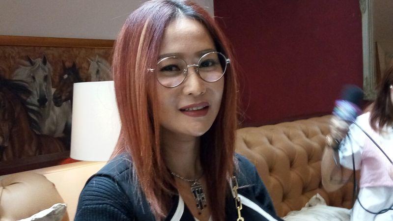 https: img-z.okeinfo.net content 2019 11 17 33 2130939 perjalanan-goyang-ngebor-inul-daratista-hjUBXDdKwJ.JPG