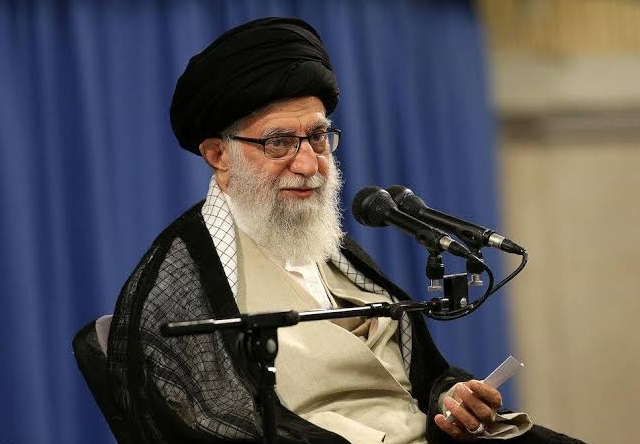 https: img-z.okeinfo.net content 2019 11 18 18 2131306 protes-kenaikan-bbm-di-iran-meluas-ayatollah-ali-beberapa-kehilangan-nyawa-sejumlah-tempat-hancur-ZvHz1SeQuE.jpg