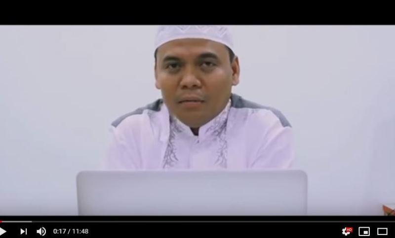 https: img-z.okeinfo.net content 2019 11 19 614 2131737 pertanyaan-nabi-muhammad-atau-soekarno-gus-nur-dijawab-salah-enggak-dijawab-salah-i0dvdxiBMq.jpg