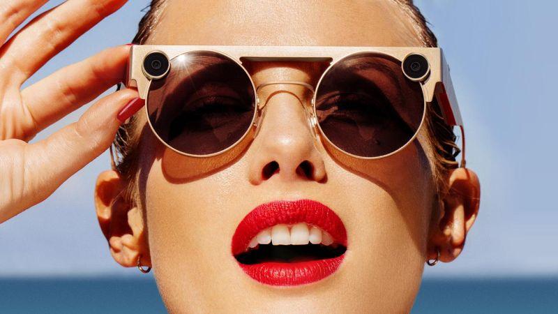 https: img-z.okeinfo.net content 2019 11 20 320 2132188 10-kacamata-termahal-salah-satunya-lebih-mahal-dari-harga-ferrari-iLWbwk6Fpx.jpg