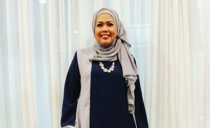 https: img-z.okeinfo.net content 2019 11 21 33 2132568 tak-pakai-hijab-saat-syuting-elly-sugigi-saya-cari-uang-9oVjfUZIM7.jpg
