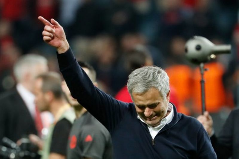 https: img-z.okeinfo.net content 2019 11 21 51 2132475 resmi-tangani-tottenham-mourinho-masih-diharapkan-jadi-pelatih-inter-pJa66maiUz.jpg
