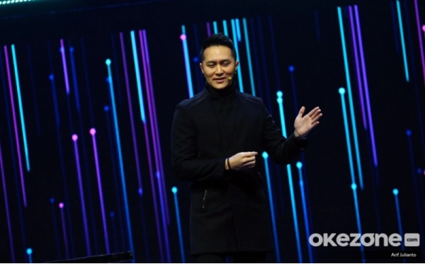 https: img-z.okeinfo.net content 2019 11 28 598 2135712 demian-aditya-prediksi-pemenang-the-voice-indonesia-2019-HS79ehbR2l.jpg