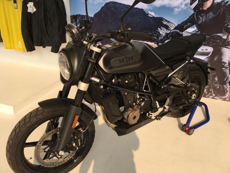 https: img-z.okeinfo.net content 2019 11 29 53 2136206 motor-scrambler-seharga-innova-ini-tampil-di-iims-motobike-2019-hDjBWvpjMD.jpg