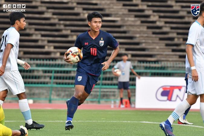 https: img-z.okeinfo.net content 2019 12 03 51 2137505 gol-di-pengujung-laga-buat-timnas-thailand-u-22-tumbangkan-laos-2-0-pwYuJNV6mx.jpg