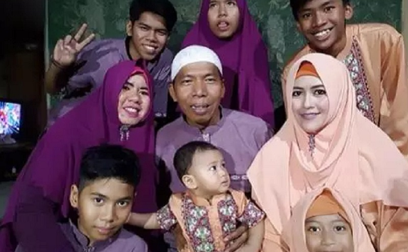https: img-z.okeinfo.net content 2019 12 06 614 2138804 kiwil-disebut-mau-nikah-lagi-bagaimana-hukum-poligami-tVqp9FLuaL.jpg