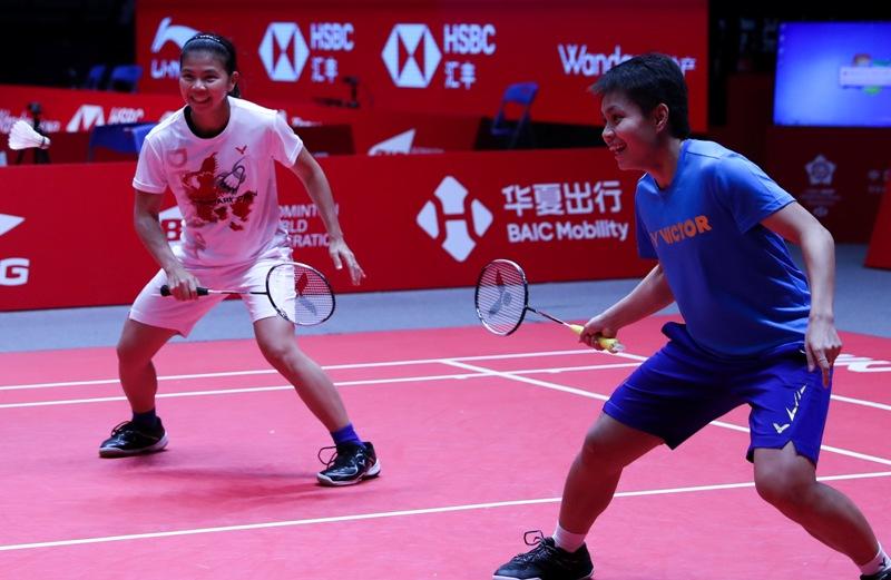 https: img-z.okeinfo.net content 2019 12 11 40 2140435 greysia-apriyani-pasrah-dengan-hasil-undian-bwf-world-tour-final-2019-2UldfFNOAN.jpg