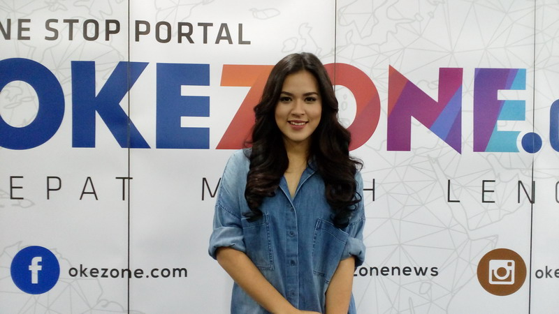 https: img-z.okeinfo.net content 2019 12 12 612 2140969 raisa-terima-penghargaan-di-i-fashion-festival-the-masterpiece-2019-aAy6dvuRB0.jpg