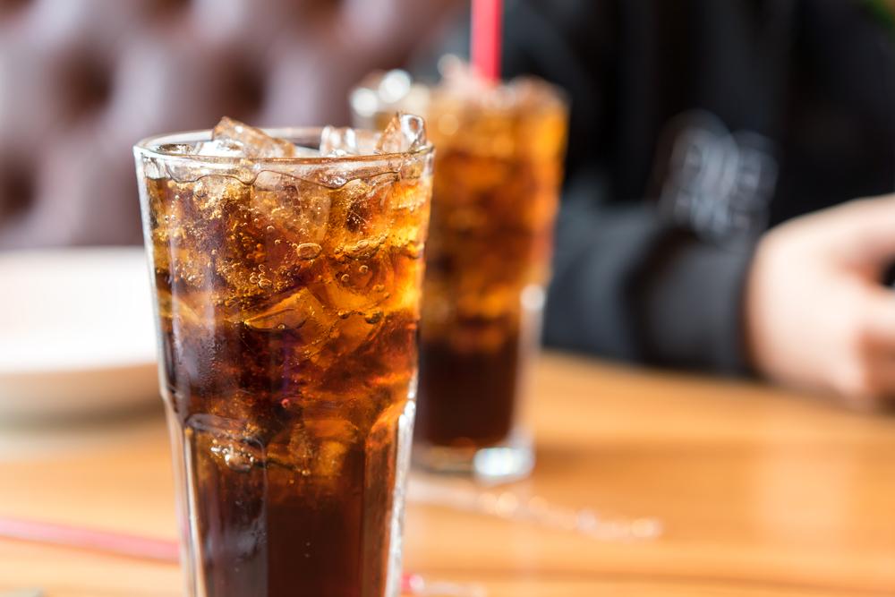 https: img-z.okeinfo.net content 2019 12 13 320 2141492 coca-cola-siapkan-investasi-rp5-32-triliun-di-ri-RdfUfVvHWl.jpg