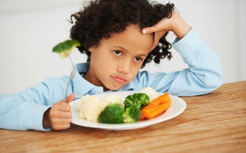 https: img-z.okeinfo.net content 2019 12 13 481 2141589 trik-bujuk-anak-mau-konsumsi-makanan-sehat-P9737YkHQV.jpg