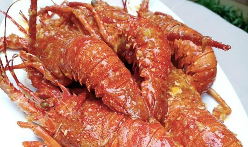 https: img-z.okeinfo.net content 2019 12 19 298 2143993 resep-lobster-ala-restoran-mewah-creamy-dan-pedas-nendang-Sacs2i1Si9.jpg