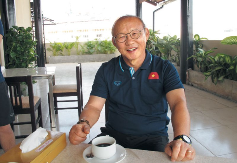 https: img-z.okeinfo.net content 2019 12 31 51 2147683 pelatih-timnas-vietnam-tak-sabar-hadapi-shin-tae-yong-TBfXOEFdkd.jpg