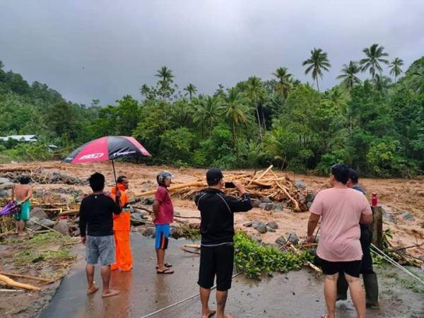 https: img-z.okeinfo.net content 2020 01 03 340 2148876 korban-tewas-akibat-banjir-bandang-di-sangihe-bertambah-jadi-3-orang-NkX7BEBuUu.jpg