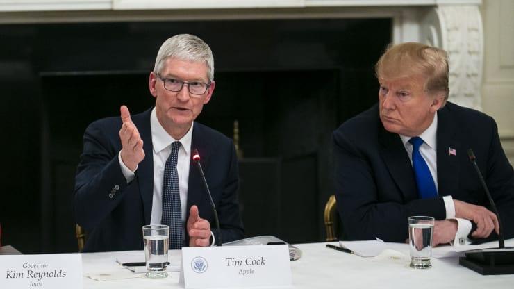 https: img-z.okeinfo.net content 2020 01 04 320 2149211 tak-capai-target-pendapatan-bos-apple-turun-jadi-rp1-7-triliun-CzU7tLGfUf.jpg