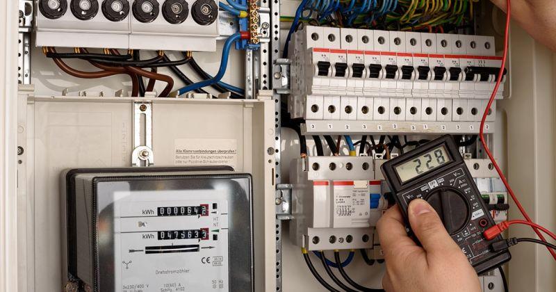 https: img-z.okeinfo.net content 2020 01 08 470 2150659 baja-ringan-teraliri-listrik-gunakan-tespen-untuk-deteksi-z945RX75yr.jpg