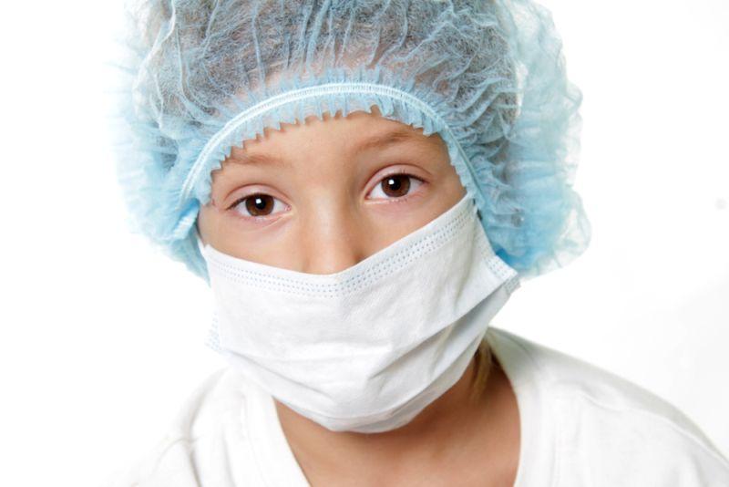 https: img-z.okeinfo.net content 2020 01 08 481 2150791 demi-sembuh-dari-kanker-langka-bocah-ini-nekat-jalani-pengobatan-eksperimen-jCmIqrHmnw.jpg