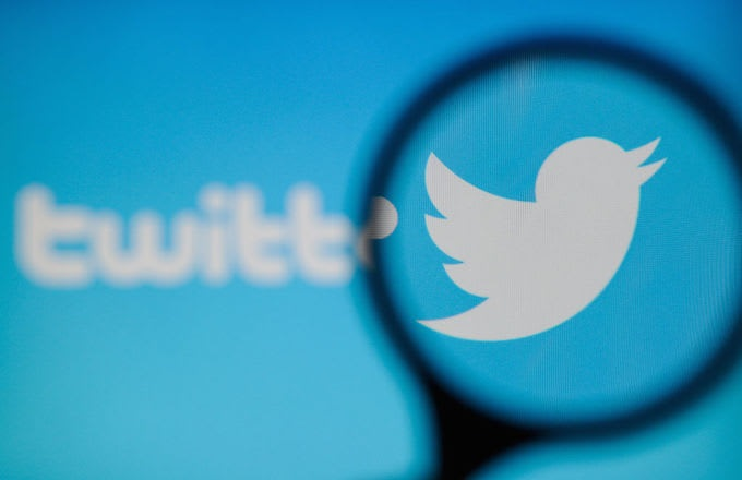 https: img-z.okeinfo.net content 2020 01 09 207 2151089 cegah-cyber-bullying-twitter-hadirkan-fitur-batasi-balasan-tweet-BOhjvNTDbT.jpg
