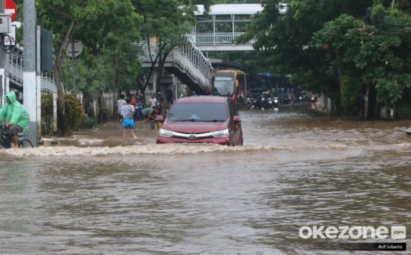 https: img-z.okeinfo.net content 2020 01 13 20 2152286 rawan-banjir-kemenkeu-sudah-asuransikan-sejumlah-aset-negara-pA6sjJuvLX.jpg