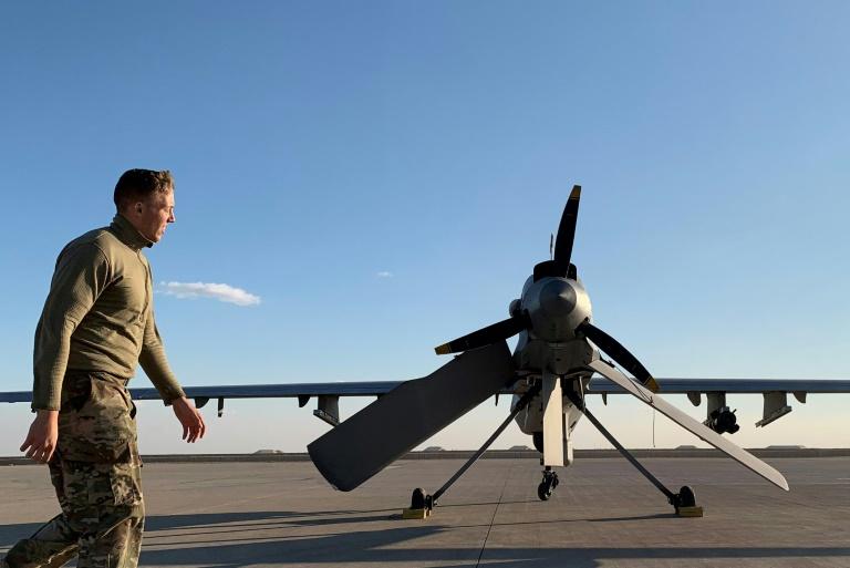 https: img-z.okeinfo.net content 2020 01 17 18 2154115 militer-as-kehilangan-tujuh-drone-selama-serangan-rudal-iran-di-pangkalan-irak-fEBgVtW2eK.jpg