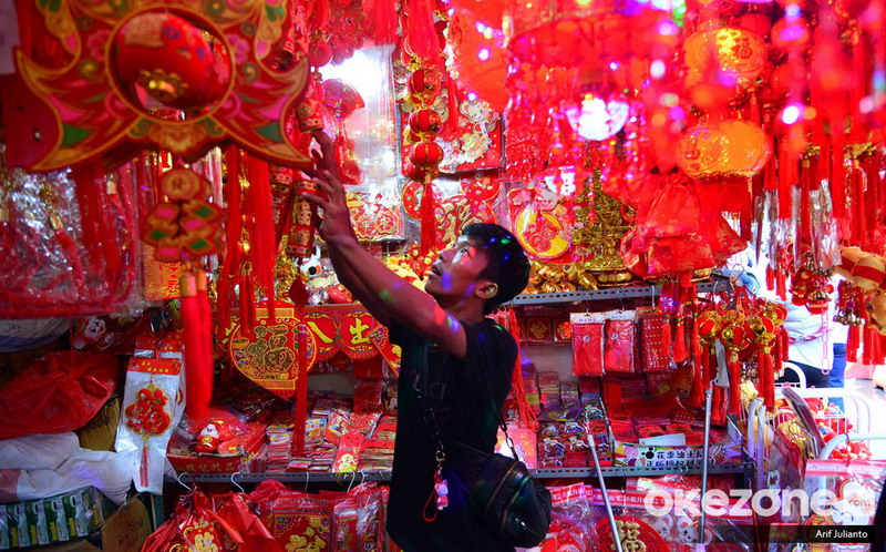 https: img-z.okeinfo.net content 2020 01 19 337 2154941 7-tradisi-unik-imlek-di-indonesia-GdryB56ddh.jpg