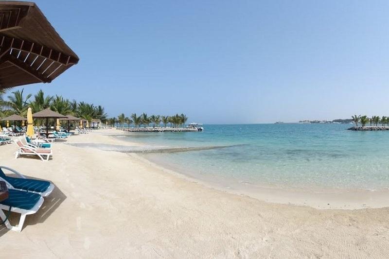 https: img-z.okeinfo.net content 2020 01 21 615 2155989 selain-gurun-pasir-4-pantai-di-arab-saudi-ini-keindahannya-memanjakan-mata-81km51uZ7c.jpg