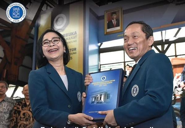 https: img-z.okeinfo.net content 2020 01 21 65 2155864 sah-reini-wirahadikusumah-jadi-rektor-perempuan-itb-JqPpW8mlMp.png