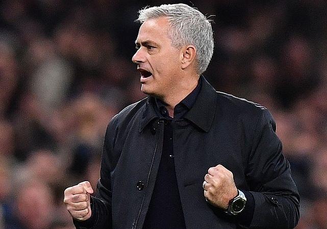 https: img-z.okeinfo.net content 2020 01 22 51 2156351 mourinho-kesal-ditanya-soal-piatek-dan-jovic-BsHMFGjjZP.jpg
