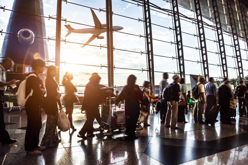 https: img-z.okeinfo.net content 2020 01 26 320 2158600 tak-ada-antrean-pesawat-di-runway-3-bandara-soetta-otp-meningkat-VXklc7oSxq.jpg