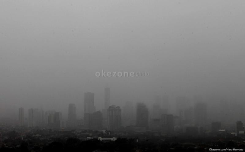 https: img-z.okeinfo.net content 2020 02 09 338 2165590 hujan-terus-intai-jakarta-bpbd-dki-minta-masyarakat-waspada-banjir-longsor-SJDeOBT78f.jpg