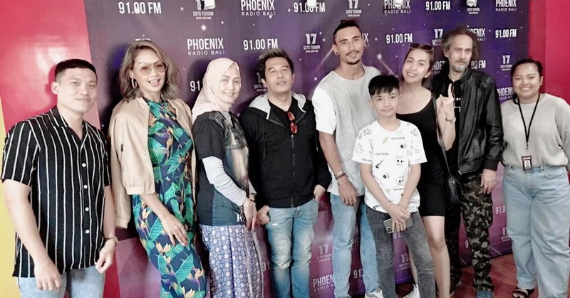 https: img-z.okeinfo.net content 2020 02 13 206 2168178 tayang-perdana-tiket-film-kajeng-kliwon-langsung-sold-out-39xJSGhXiS.jpg
