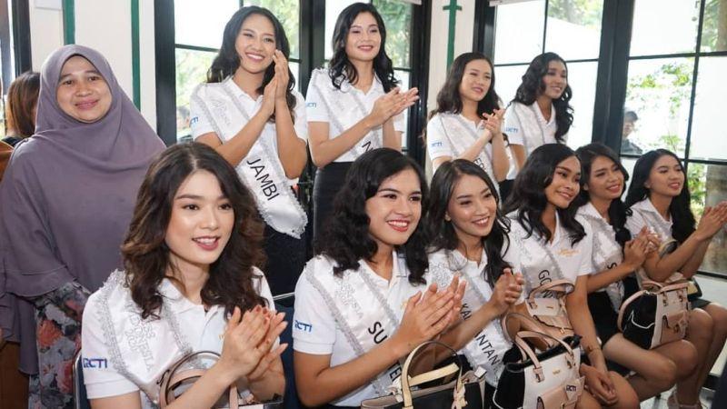 https: img-z.okeinfo.net content 2020 02 13 611 2167711 karantina-miss-indonesia-hari-ke-5-34-finalis-main-ke-panti-asuhan-anak-berkebutuhan-khusus-5x0rlNf5n8.jpg