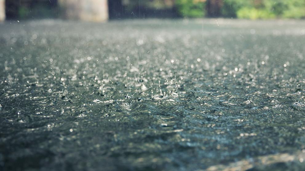 https: img-z.okeinfo.net content 2020 02 14 338 2168198 hari-ini-cuaca-di-jakarta-masih-diwarnai-hujan-lokal-VPtA0nq4qt.jpg