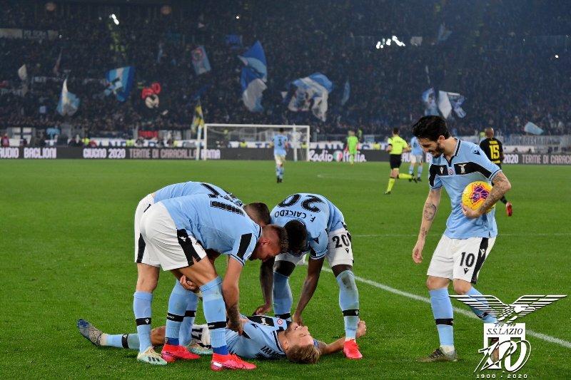 https: img-z.okeinfo.net content 2020 02 17 47 2169508 lazio-vs-inter-inzaghi-akui-biancocelesti-bermain-sangat-baik-Ws12gmJUAK.jpg