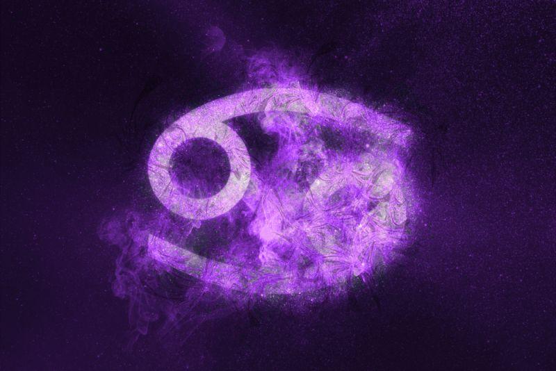 https: img-z.okeinfo.net content 2020 02 19 31 2170817 ramalan-zodiak-cancer-bakal-banyak-pengeluaran-nih-Mu4fUEZkPb.jpg
