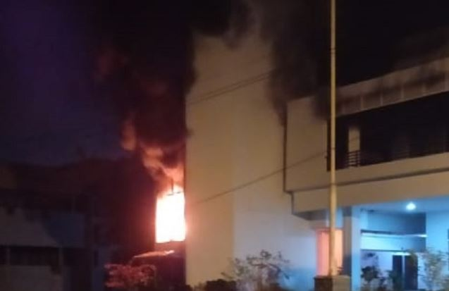 https: img-z.okeinfo.net content 2020 02 21 608 2171812 tak-ada-korban-jiwa-dalam-kebakaran-di-kampus-usu-aLNDfWiJyB.JPG