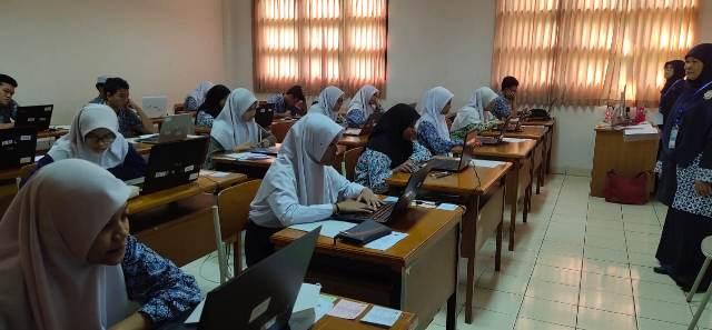 https: img-z.okeinfo.net content 2020 02 22 65 2172491 15-019-siswa-ikuti-seleksi-masuk-madrasah-aliah-negeri-5jE22XCzkm.jpg
