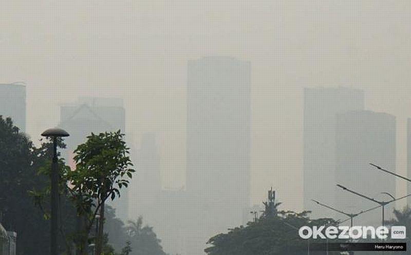 https: img-z.okeinfo.net content 2020 02 27 338 2174738 polusi-udara-tangsel-disebut-terburuk-di-indonesia-pemkot-kami-tak-yakin-JLRMtoDEPg.jpg