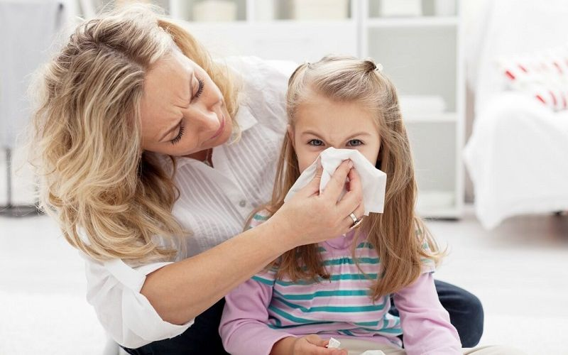 https: img-z.okeinfo.net content 2020 02 27 481 2175109 warna-dahak-hijau-kekuningan-saat-batuk-anak-terinfeksi-bakteri-aGUFCJiiDO.jpg