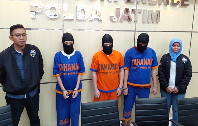 https: img-z.okeinfo.net content 2020 02 27 519 2174980 raup-ratusan-juta-rupiah-3-pelaku-kejahatan-carding-ditangkap-polisi-K0mkUuGJWI.jpg