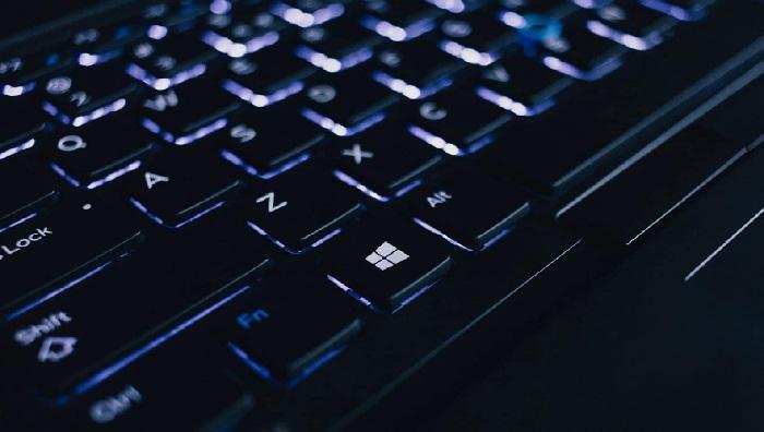 https: img-z.okeinfo.net content 2020 03 02 92 2176853 tips-merawat-keyboard-laptop-agar-tidak-cepat-rusak-tXxMh9jUHx.jpg