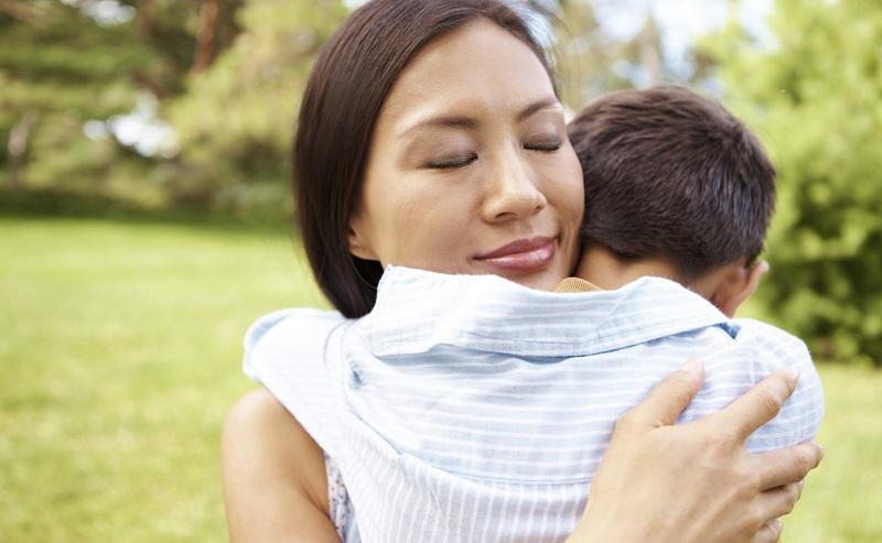 https: img-z.okeinfo.net content 2020 03 14 196 2183283 tak-diizinkan-suami-bekerja-ikhlas-dan-syukur-jadi-kunci-perempuan-ini-0pKeGn8LYH.jpg