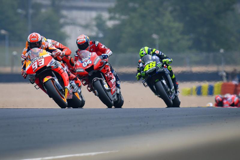 https: img-z.okeinfo.net content 2020 03 26 38 2189236 daftar-pembalap-yang-ikut-balapan-virtual-motogp-ada-marquez-hingga-quartararo-cMhm6ck7S7.jpg