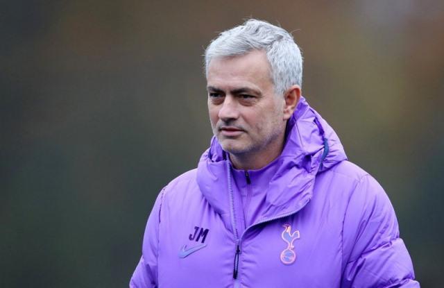 https: img-z.okeinfo.net content 2020 03 27 45 2189612 rencana-mourinho-lakukan-perombakan-besar-pada-skuad-tottenham-didukung-legenda-k3qhiHPjYW.jpeg