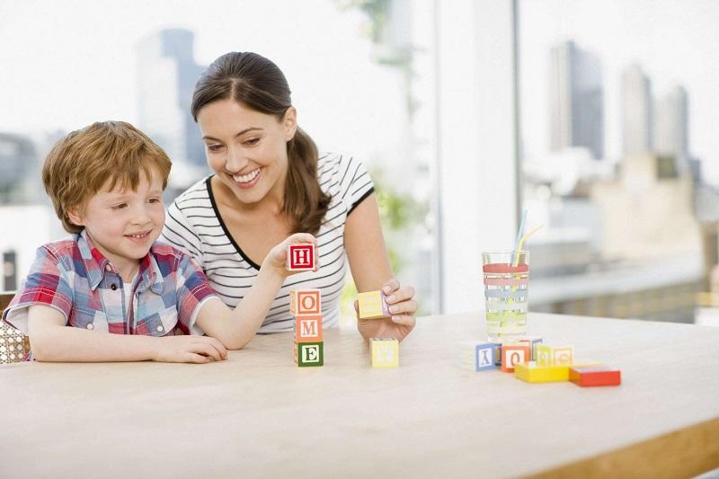 https: img-z.okeinfo.net content 2020 04 02 196 2193041 3-kiat-bagi-orangtua-agar-anak-betah-belajar-di-rumah-4i5gd7xM2e.jpg