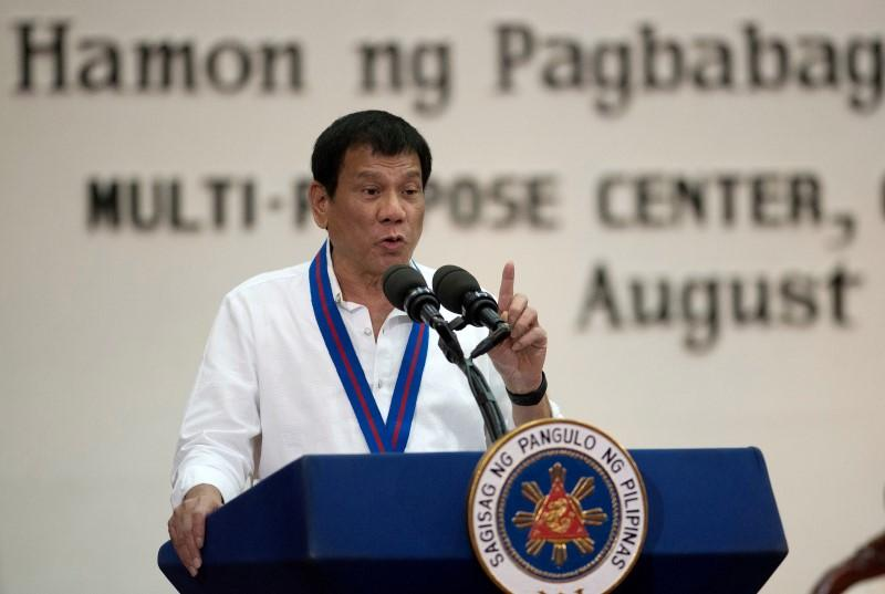 https: img-z.okeinfo.net content 2020 04 06 18 2195041 duterte-sumbangkan-gajinya-bantu-filipina-dalam-perang-lawan-covid-19-YmRQuaO7RH.jpg