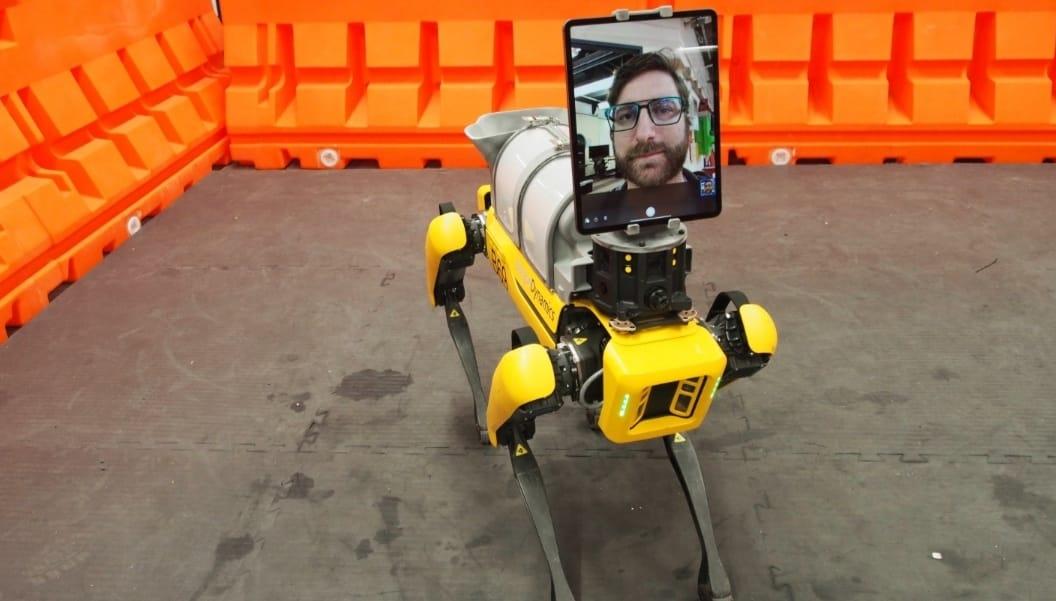 https: img-z.okeinfo.net content 2020 04 24 56 2204292 boston-dynamics-bikin-robot-bantu-dokter-rawat-pasien-covid-19-WW71LUjYuV.jpeg