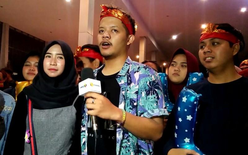 Fans Abdul Idol