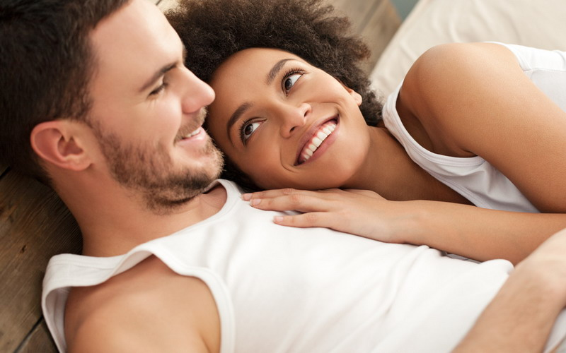Berhubungan intim (Huffington Post)